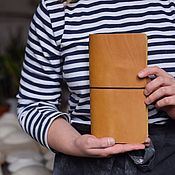 Канцелярские товары handmade. Livemaster - original item Leather traveler`s notebook elastic with replaceable notebooks. Handmade.