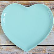 Посуда ручной работы. Ярмарка Мастеров - ручная работа Керамическая тарелка (голубое сердце). Handmade.