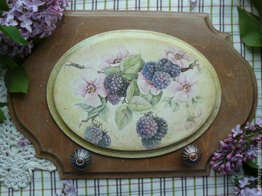 вешалка-панно для кухни `Ежевика` ручная работа. сделано с любовью :)