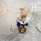 Брошь Белый Кролик Друг Алисы