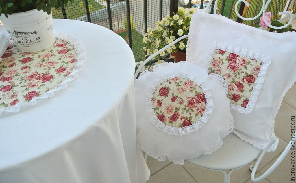Shabby Chic Pillows White : Pillow of white linen and cotton lace with roses.Shabby chic ? shop online on Livemaster with ...
