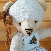 Тедди мишка белая в платье
