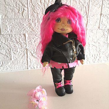 Куклы и игрушки ручной работы. Ярмарка Мастеров - ручная работа Текстильная интерьерная кукла Рокерша. Handmade.