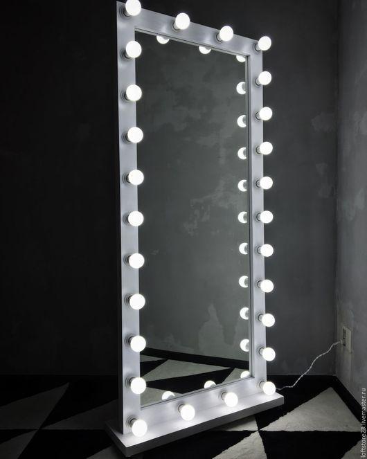Зеркала ручной работы. Ярмарка Мастеров - ручная работа. Купить Зеркало FANTOM на колесиках 180/80 на 26 патронов. Handmade. Белый