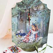 Часы классические ручной работы. Ярмарка Мастеров - ручная работа Часы  настенные  Алиса в стране чудес. Handmade.