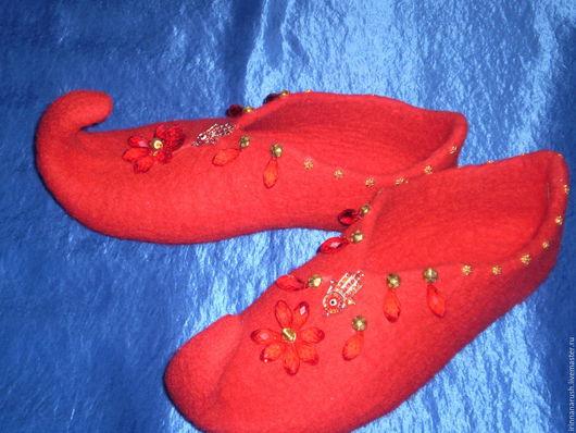 """Обувь ручной работы. Ярмарка Мастеров - ручная работа. Купить Тапочки """" Валерия """". Handmade. Ярко-красный, золото"""