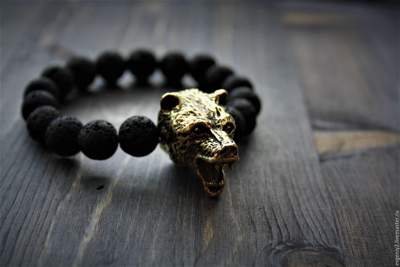 Браслет из лавы с бронзовым медведем