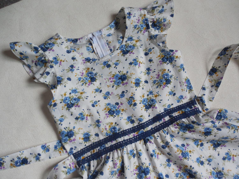 Сестренкам. Платье белое с розочками. Рост 130