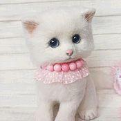handmade. Livemaster - original item White Sugar. Kitten made of wool. Handmade.