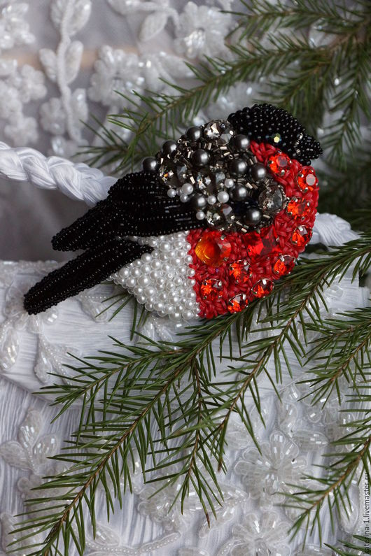 """Броши ручной работы. Ярмарка Мастеров - ручная работа. Купить Снегирь """" Невеста"""" .. Handmade. Комбинированный, подарок женщине"""