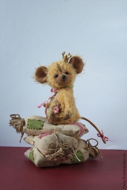 Мишки Тедди ручной работы. Ярмарка Мастеров - ручная работа. Купить Мышка - Принцесса на горошине.. Handmade. Бежевый, подарок женщине
