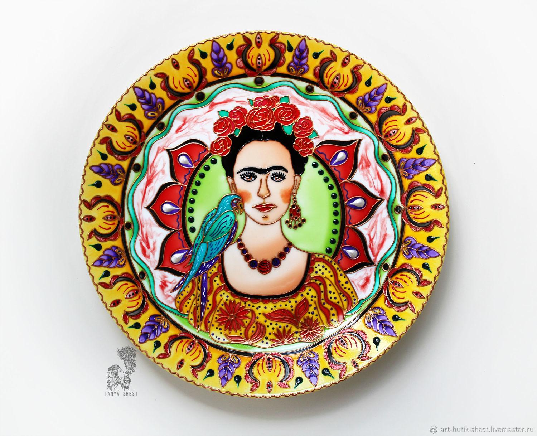 """Тарелки ручной работы. Ярмарка Мастеров - ручная работа. Купить """"Фрида Кало"""" декоративная тарелка на стену - ручная роспись. Handmade."""