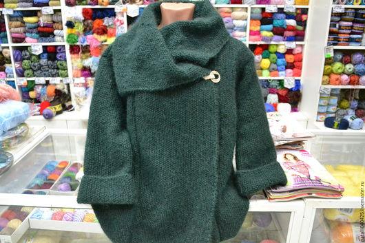 Верхняя одежда ручной работы. Ярмарка Мастеров - ручная работа. Купить вязаное мини пальто из мохера. Handmade. Тёмно-зелёный