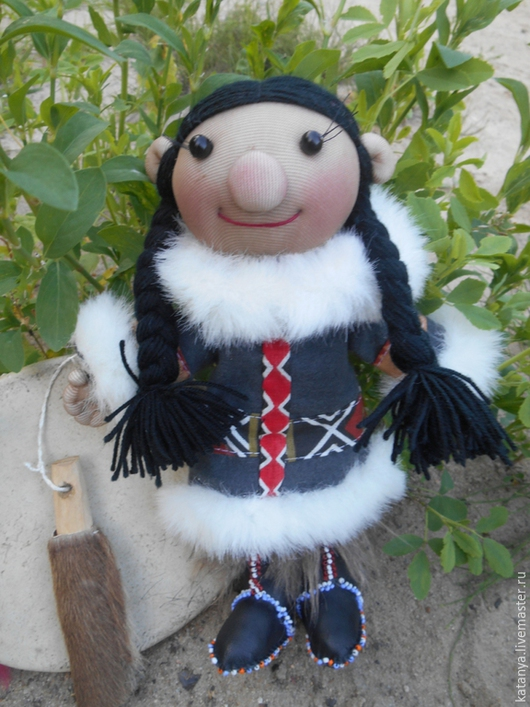 Человечки ручной работы. Ярмарка Мастеров - ручная работа. Купить Корякская кукла. Handmade. Авторская кукла, корякская кукла, бисер