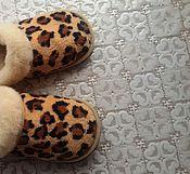"""Обувь ручной работы. Ярмарка Мастеров - ручная работа Тапочки с опушкой """" Леопардики ` `. Handmade."""