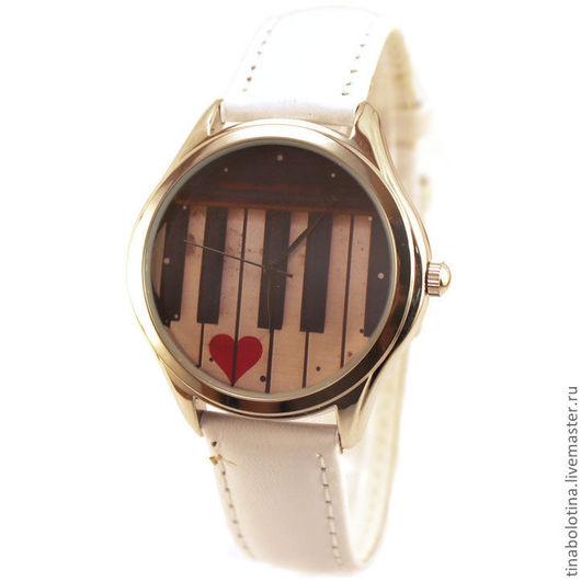 Часы ручной работы. Ярмарка Мастеров - ручная работа. Купить Дизайнерские наручные часы  One Love. Old Piano. Handmade.