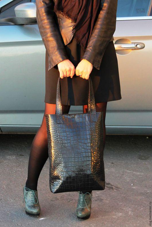 Женские сумки ручной работы. Ярмарка Мастеров - ручная работа. Купить Шоппер из натуральной кожи под крокодила. Handmade. Черный