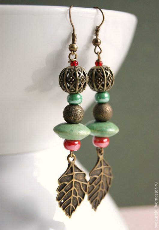 серьги `Красно-зеленые` с листом, длинные