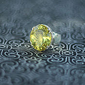 Кольцо из серебра с лимонным топазом