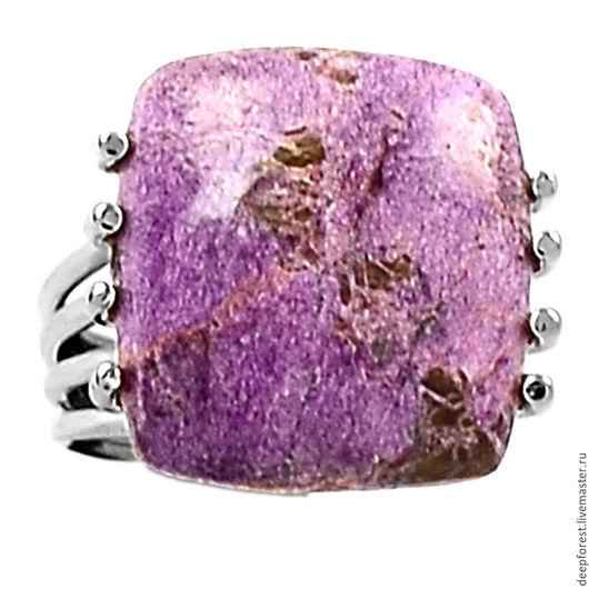 Размер камня 17 х 15,5 мм. Размер кольца 16