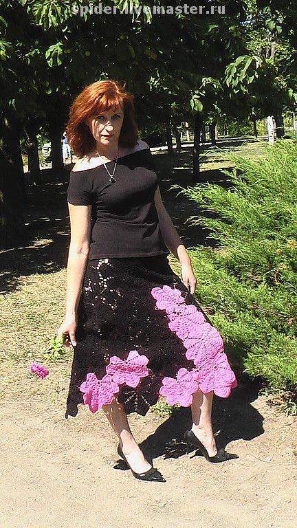 Эта юбка -как будто из гардероба испанских танцовщиц  ФЛАМЕНКО Разные по размеру листья  каштана  соединены таким образом , что отлично видны контуры каждого листика