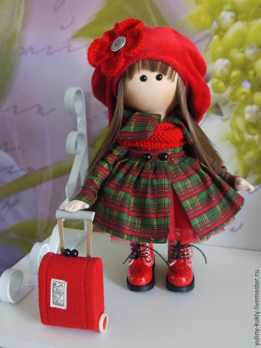 Коллекционные куклы ручной работы. Ярмарка Мастеров - ручная работа. Купить Текстильная куколка маленькая путешественница. Handmade. Кукла текстильная