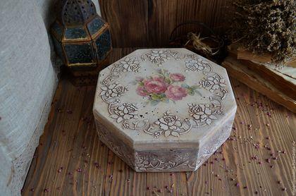 Вместительный короб в винтажном стиле с налетом времени и воспоминаний... для любителей фильма `Шоколад`....