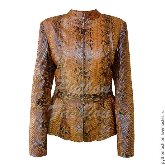 Куртка из кожи питона на молнии. Модная кожаная куртка ручной работы. Женская куртка из питона. Стильная куртка из кожи питона на заказ. Весенняя куртка из кожи питона. Куртка из питона на весну 2017.