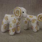 Подарки к праздникам ручной работы. Ярмарка Мастеров - ручная работа барашки из войлока. Handmade.