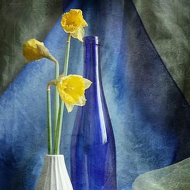 Картины и панно ручной работы. Ярмарка Мастеров - ручная работа натюрморт Желтое на синем. Handmade.