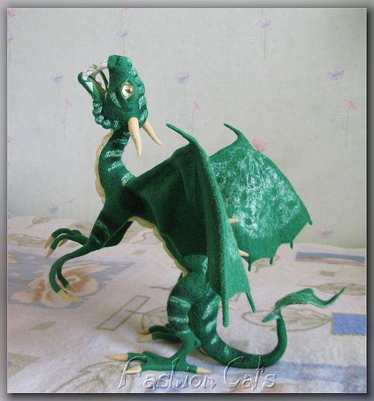 Сказочные персонажи ручной работы. Ярмарка Мастеров - ручная работа. Купить Изумрудный Дракон. Handmade. Дракон, проволочный каркас