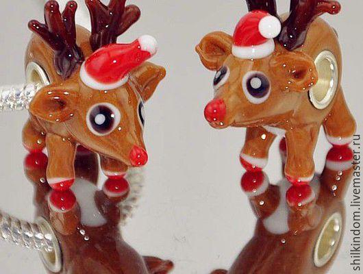 """Для украшений ручной работы. Ярмарка Мастеров - ручная работа. Купить Шарм """"Олени Санта-Клауса"""" для браслета. Handmade. Коричневый"""
