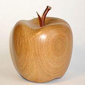 "Скульптуры ручной работы. Ярмарка Мастеров - ручная работа Скульптура из дерева ""Яблочко"". Handmade."