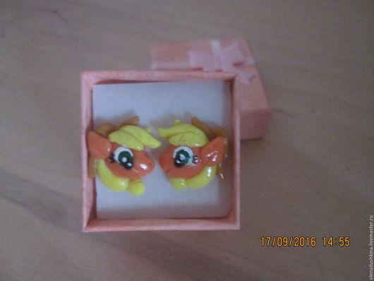 """Серьги ручной работы. Ярмарка Мастеров - ручная работа. Купить Серьги """"Пони Эпплджек """". Handmade. Оранжевый, подарок девочке"""