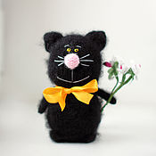 Мягкие игрушки ручной работы. Ярмарка Мастеров - ручная работа Котик игрушка вязаные коты игрушка ручной работы подарок на 8 марта. Handmade.