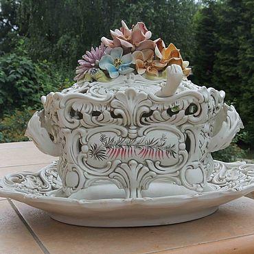 Посуда ручной работы. Ярмарка Мастеров - ручная работа Шикарная фарфоровая супница в стиле рококо. Handmade.