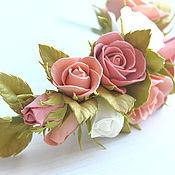 Украшения ручной работы. Ярмарка Мастеров - ручная работа Ободок с цветами из фоамирана Нежные розы. Handmade.