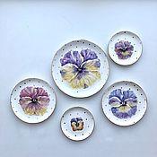 Посуда handmade. Livemaster - original item Painted porcelain Dish Pansies gold polka dots. Handmade.
