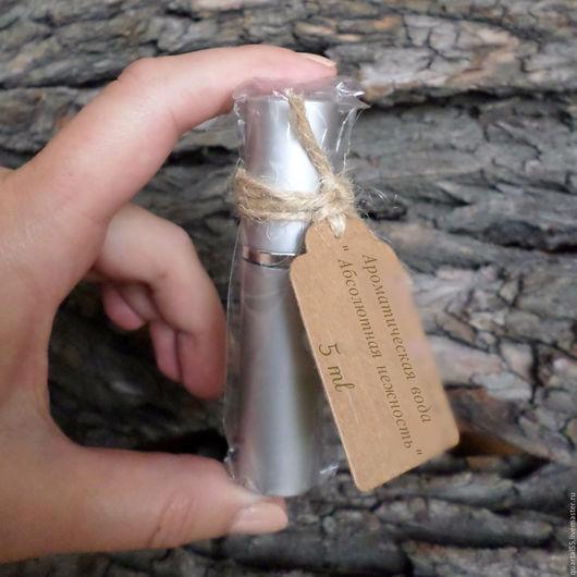 Флакончик ароматической воды - нежный, заботливый подарок себе или маме, сестрёнке, подруге, коллеге, просто доброй знакомой по любому поводу. Вы не ошибётесь, выбрав `Intention`!)