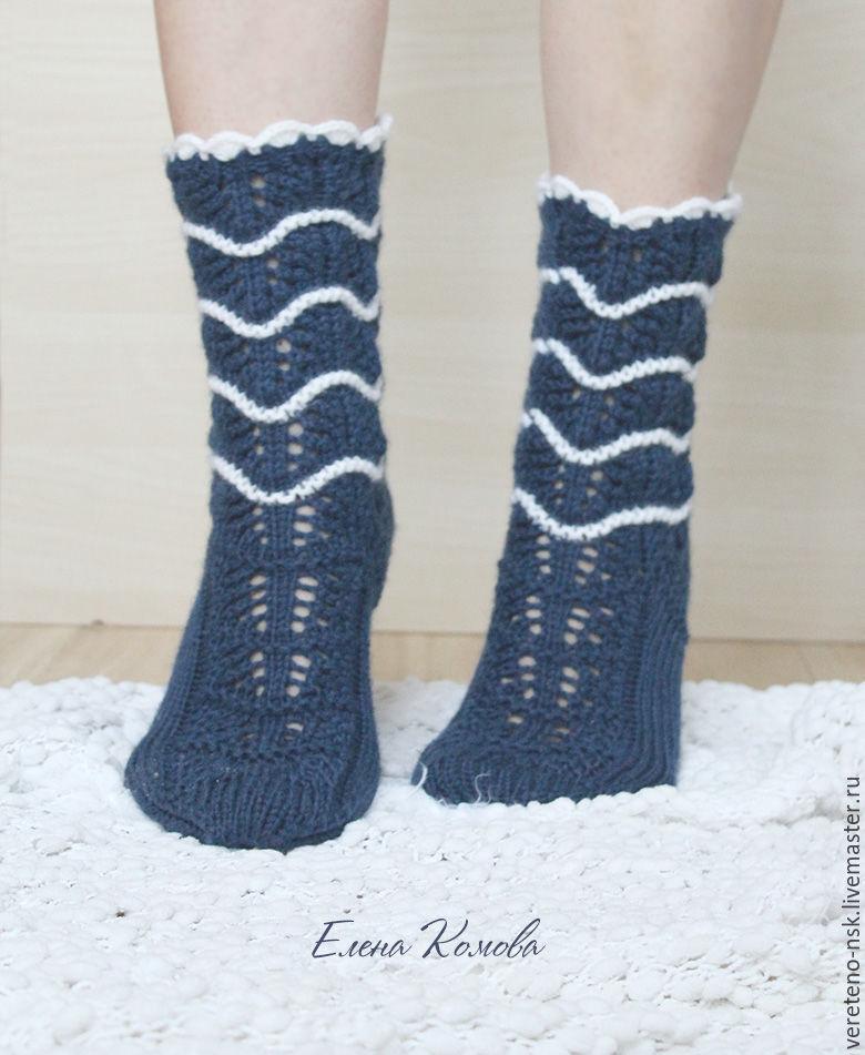 Фото девушек в синих носочках фото 545-50