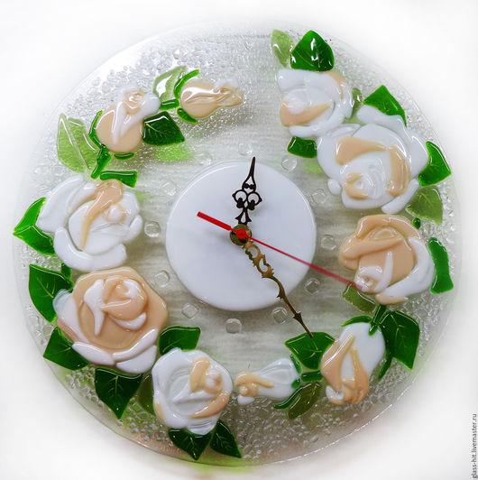 Часы `Букет роз`.Стекло.Фьюзинг.