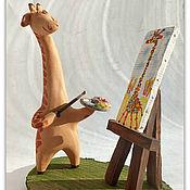 Куклы и игрушки ручной работы. Ярмарка Мастеров - ручная работа Жираф художник. Керамика. Фигурки жирафов. Handmade.