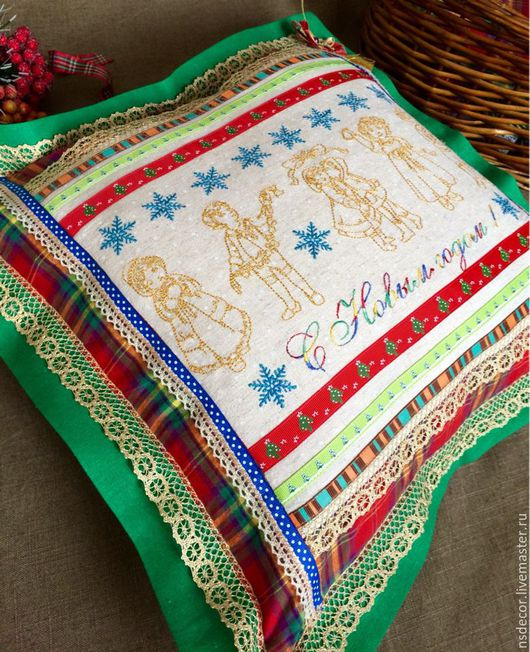 """Текстиль, ковры ручной работы. Ярмарка Мастеров - ручная работа. Купить Подушка интерьерная """"С Новым годом!"""". Handmade."""