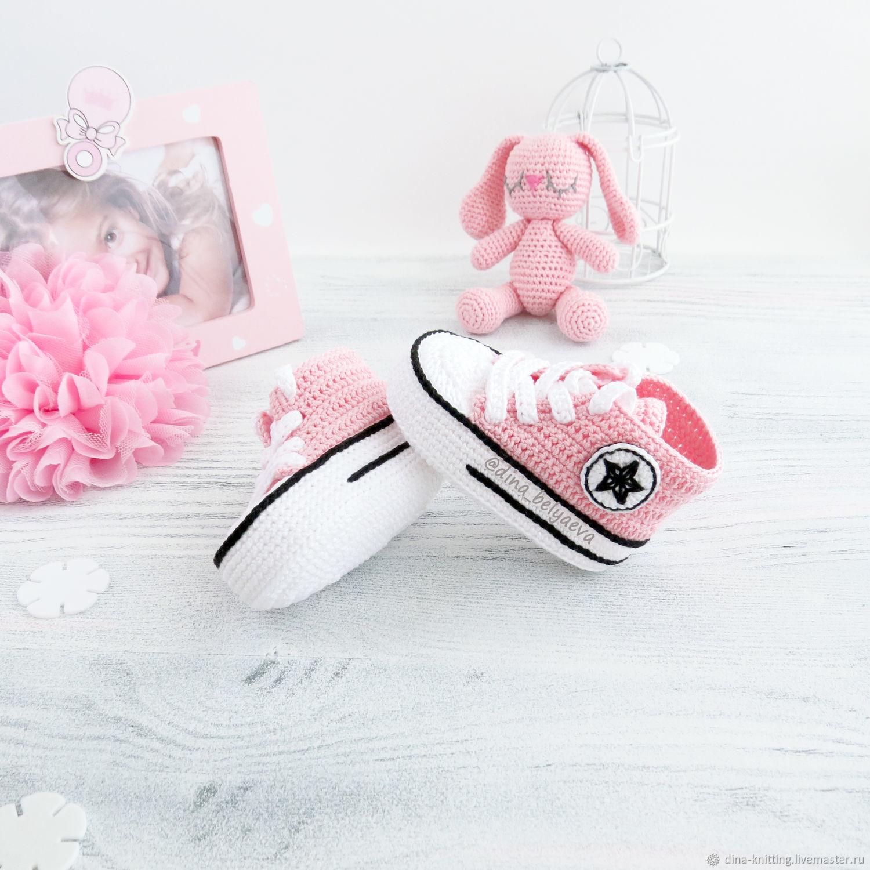 вязаные пинетки кеды для девочки конверсы розовые – купить ...