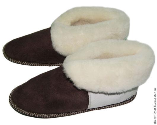Обувь ручной работы. Ярмарка Мастеров - ручная работа. Купить Чуни из натуральной овчины. Handmade. Чуни, тапочки из меха, шкура