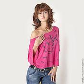 Одежда ручной работы. Ярмарка Мастеров - ручная работа Ярко-розовая дизайнерская женская футболка с принтом. Handmade.