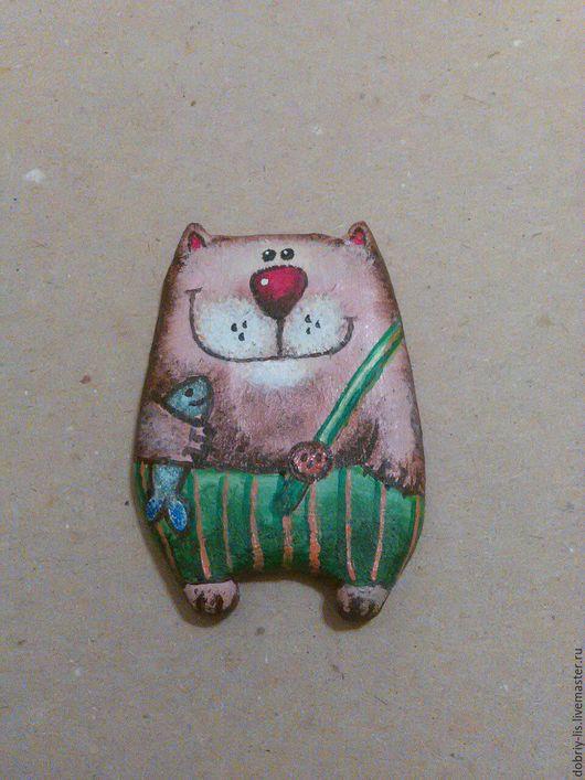 Броши ручной работы. Ярмарка Мастеров - ручная работа. Купить Кот в штанишках. Handmade. Коричневый, кот, котик, улыбка, рыбка