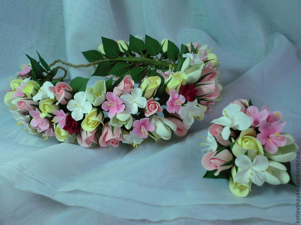Где можно заказать венок на голову из цветов в ульяновске фиолетовые букеты на свадьбу