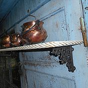 Винтажные предметы интерьера ручной работы. Ярмарка Мастеров - ручная работа Полка с чугунными консолями. Handmade.