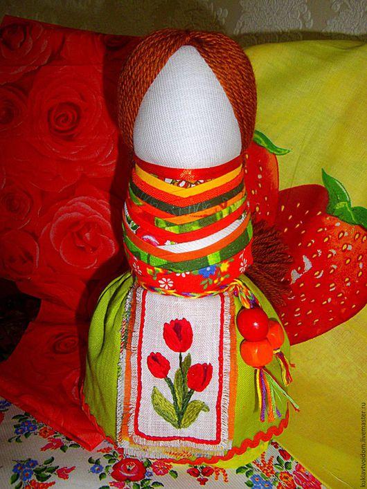 Народные куклы ручной работы. Ярмарка Мастеров - ручная работа. Купить Кукла На удачное замужество Яркая. Handmade. Красный